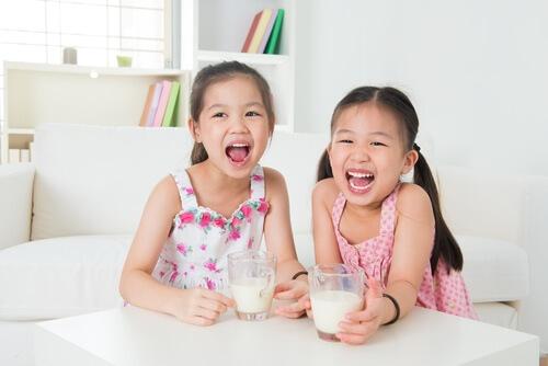 có nên cho trẻ uống dha thường xuyên, 1 năm bổ sung dha cho bé mấy lần, bổ sung dha cho bé khi nào, bổ sung dha cho bé đúng cách, bổ sung dha cho bé trong bao lâu, cách dùng dha cho bé, dha nào tốt cho bé