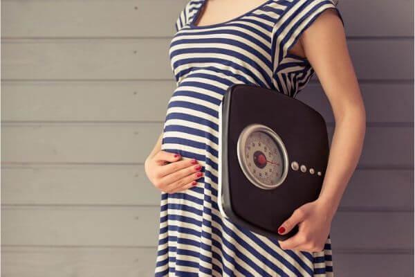 tăng cân khi mang thai, bảng tăng cân của bà bầu, bà bầu tăng cân ít